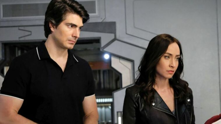 Arrowverse Legends of tomorrow Brandon Routh Courtney Ford
