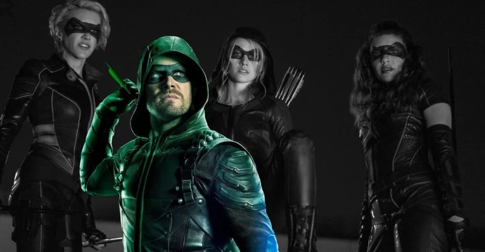 Green Arrow And The Canaries Arrow Series Finale Stephen Amell As Oliver Queen